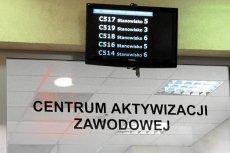 Ponad 30 milionów złotych wydadzą Powiatowe Urzędy Pracy w całej Polsce na poinformowanie zeszłorocznych bezrobotnych o wysokości ich składek do ZUS. UP muszą każdemu takiemu bezrobotnemu wysłać specjalne pismo.
