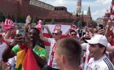 Polscy kibice spotkali Senegalczyków w Moskwie