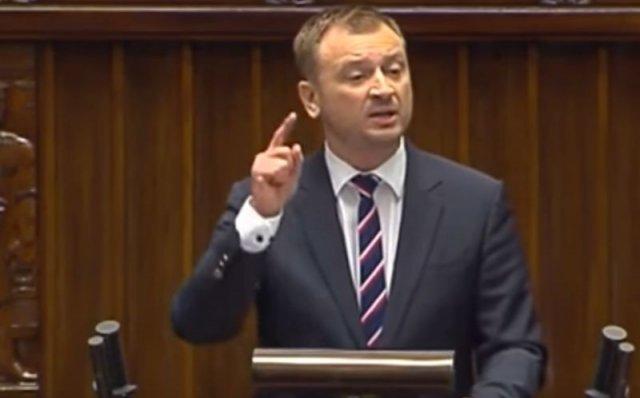 Poseł PO Sławomir Nitras podczas wczorajszej awantury w Sejmie