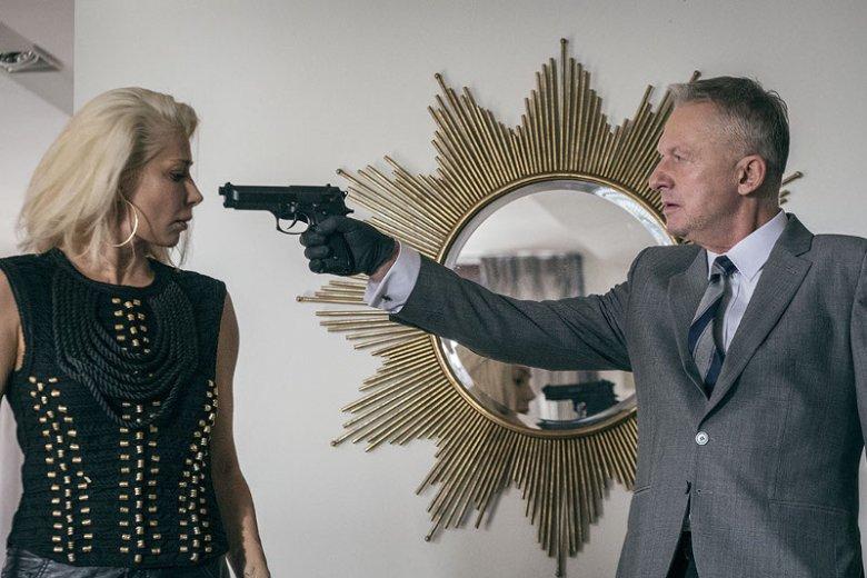 """Bogusław Linda i Katarzyna Warnke to jedni z najbardziej znanych aktorów w obsadzie """"Kobiet Mafii"""""""