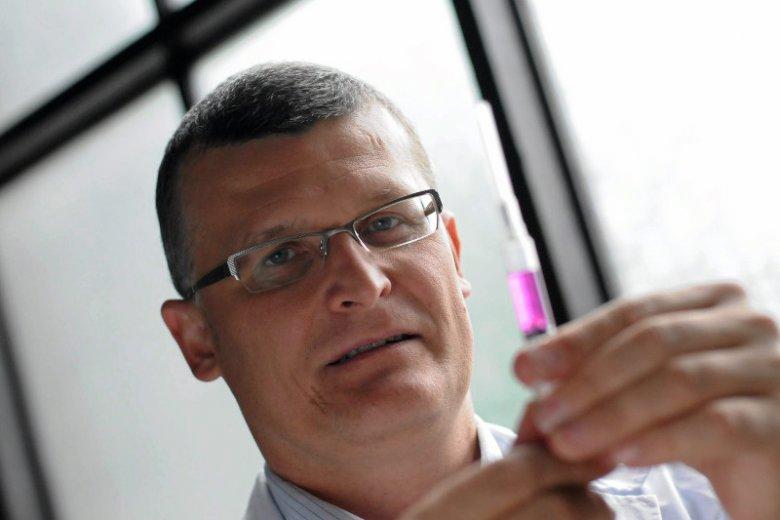 Dr Paweł Grzesiowski wytoczył proces liderce antyszczepionkowców.