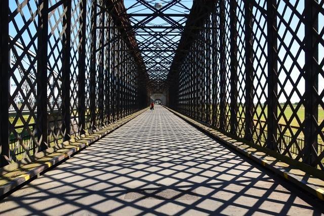 Most wymaga gruntownego remontu m.in. przęseł, dźwigarów i podpór