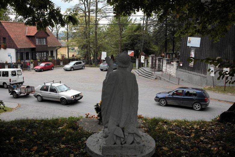 Policja zastała ks. Gila w domu w jego rodzinnej miejscowości, Modlnicy