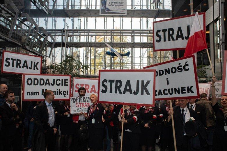 Strajk pracowników PLL LOT w Warszawie twa od czwartku.