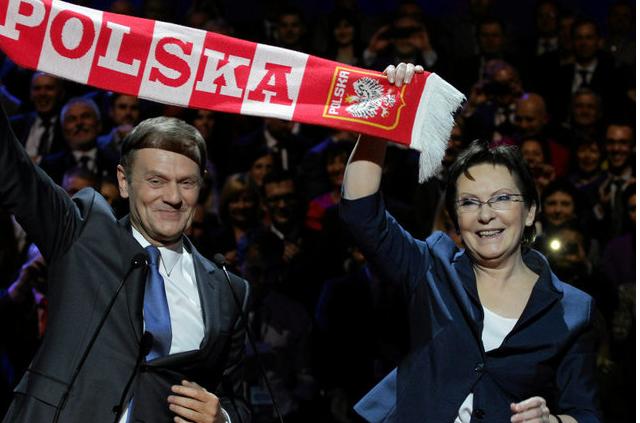 Premier Kopacz i Donald Tusk, szef Radu Europejskiej mają inne zdanie na temat pomocy w rozwiązaniu kwestii uchodźców i imigrantów.