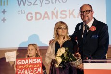 Teresa Adamowicz w szkolnej pracy wyjaśniła, dlaczego uważa swojego ojca za bohatera. Magdalena Adamowicz nie kryje swojej dumy.