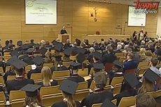 Telewizja Trwam relacjonowała uroczyste rozpoczęcie roku akademickiego na WSKSiM, gdzie studentem został Bartłomiej Misiewicz