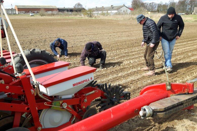Firma AGRO-WAR jest jednym z największych pracodawców w gminie.