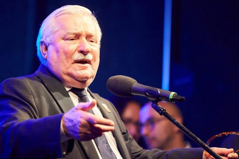 Lech Wałęsa w liście do The Rolling Stones poskarżył się na sytuację w Sądzie Najwyższym. Szef MSWiA kpi z kroku byłego prezydenta i proponuje, by napisał do Kim Kardashian.