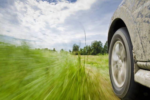 Jak dbać o opony w swoim samochodzie?