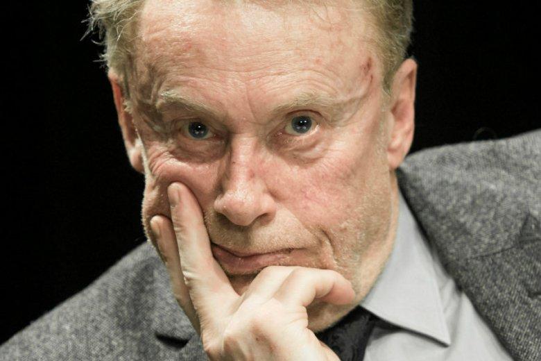 Daniel Olbrychski jest rozczarowany dziennikami Andrzeja Łapickiego.