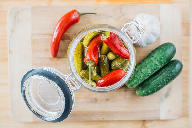 Czosnek - najzdrowsze warzywo świata - doda smaku i zdrowia każdej kiszonce warzywnej.