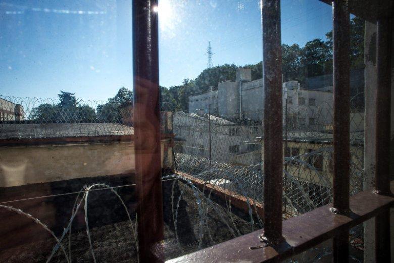 Z raportu Ministerstwa Sprawiedliwości wynika, że ponad 25 proc. skazanych popełnia kolejne przestępstwo w ciągu pięciu lat od pierwszego wyroku.