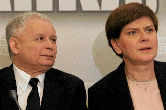 Beata Szydło jest wdzięczna Bogu za to, że uchronił ją przed podjęciem współpracy z PO