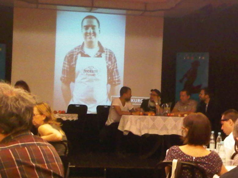 z konferencji - klub Mamele, 22 sierpnia 2012.
