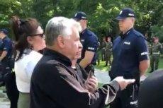 Bogdan Borusewicz nie został wpuszczony na grób zony. Policjant twierdził, że taki dostał rozkaz, a jakby kazano strzelać to by strzelał.