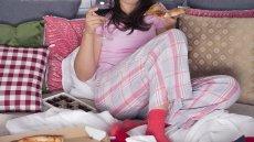 Kiedy maski opadną, czyli wieczór w pidżamie i z wielką pizzą
