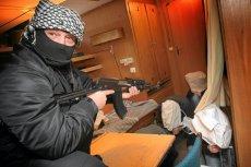 Ćwiczenia ataku piratów w porcie szczecińskim.