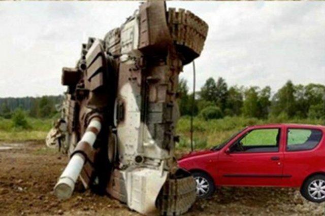 """W ciągu ostatnich dni seciento stało się najbardziej popularnym autem w Polsce. I chyba jednym z najbardziej """"niebezpiecznych""""."""