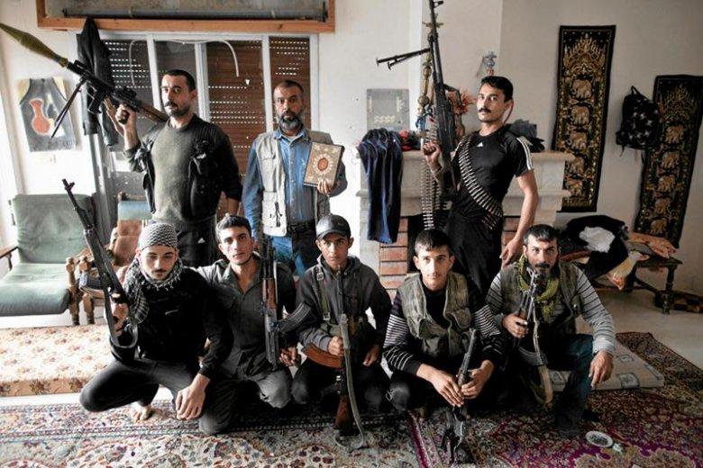 Żołnierze Syryjskiej Wolnej Armii – z jej dowództwem mieli się kontaktować przedstawiciele polskich władz w sprawie losu Marcina Sudera.
