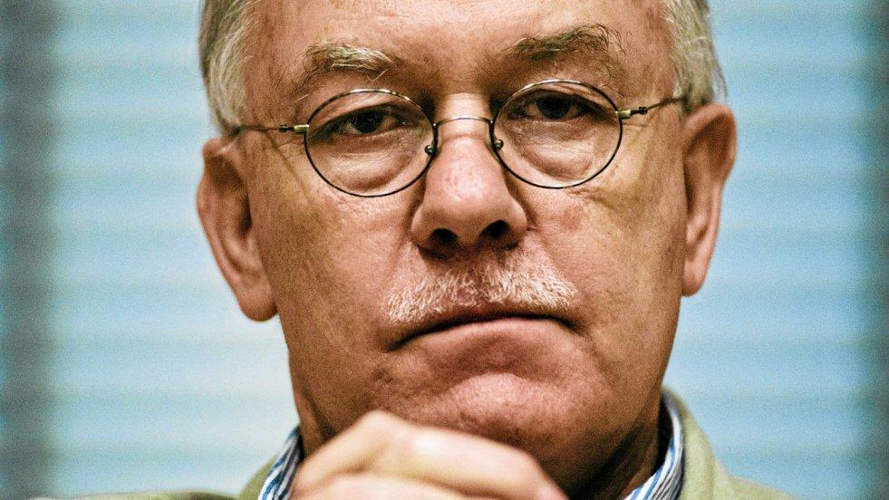 W rozmowie z naTemat socjolog prof. Ireneusz Krzemiński podsumowuje mijający 2017 rok w polskiej polityce.