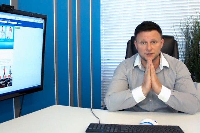 Zwolennicy Konrada Gacy co miesiąc płacą mu prawie 2 mln złotych