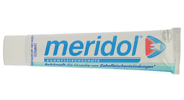 Pasta do zębów bez fluoru Meridol to propozycja firmy GABA za rozsądną cenę - ok. 14 zł za tubkę