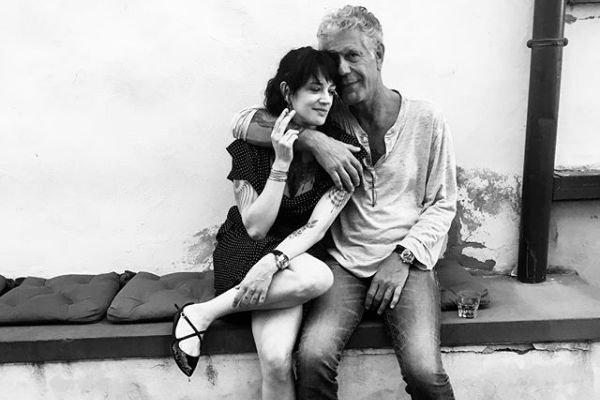 Włoska aktorka Asia Argento opublikowała wzruszający wpis o jej zmarłym ukochanym Anthonym Bourdainie