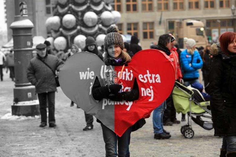 WOŚP jak Smoleńsk. Dlaczego Polska dzieli się zawsze na dwa?