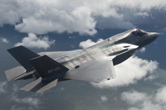 F-35 uznawany jest za najlepszy myśliwiec na świecie.