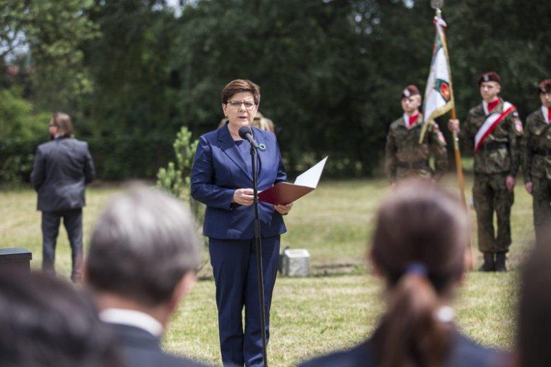 Beata Szydło wywołała burzę swoimi słowami dotyczącymi Auschwitz.