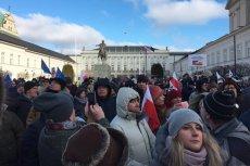 Warszawiacy wyszli na ulice stolicy w obronie swego miasta. Nie chcą PiS-owskiej wielkiej Warszawy.