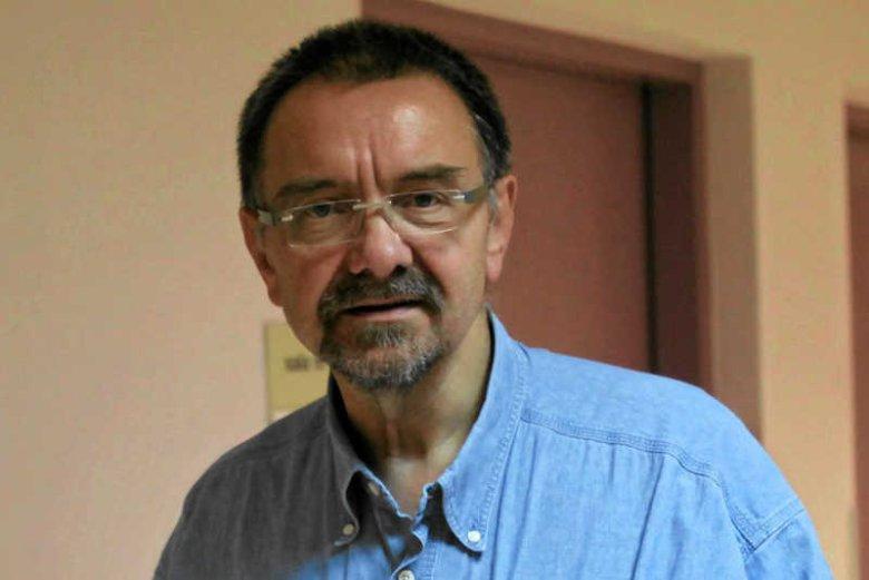 Prof. Romuald Dębski, ginekolog, który przyniósł do TVN zdjęcia zdeformowanych dzieci