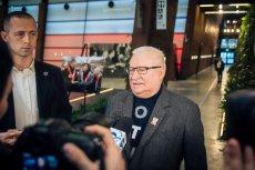 Lech Wałęsa bronił ks. Henryka Jankowskiego na spotkaniu kieleckiego KOD-u.