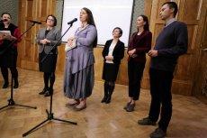 Elbanowscy krytykują reformę edukacji.