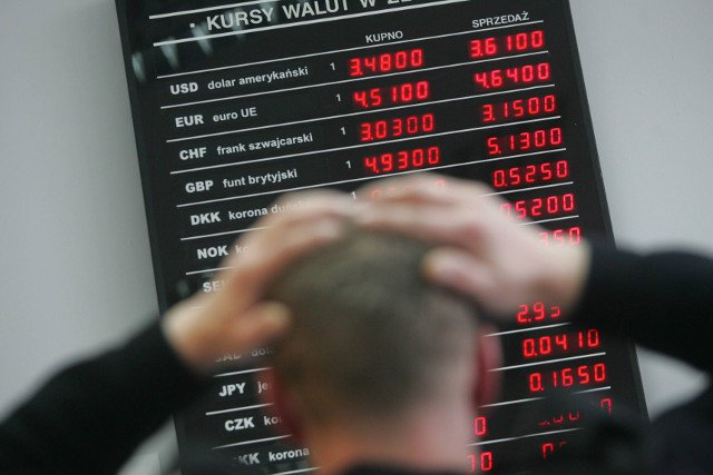 [url=http://natemat.pl/116957,ekonomista-szwajcarskiego-banku-polacy-zapomnijcie-o-tanim-franku]Frankowcy, porzućcie wszelką nadzieję. Szwajcarski ekonomista bez lukru o kredytach w CHF[/url]
