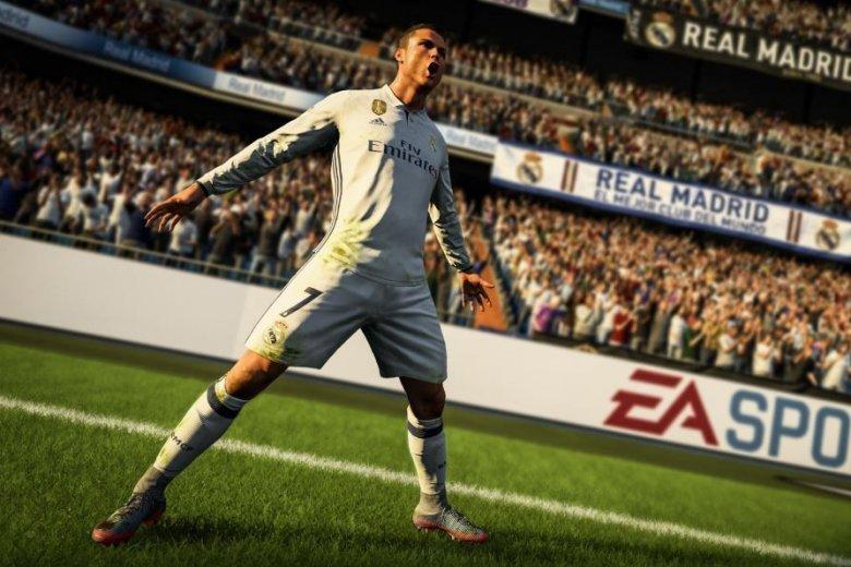 """Gra wideo """"FIFA"""" daje możliwość grania gwiazdom piłki w polskich klubach. Tyle tylko, że wirtualną"""