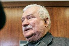 Lech Wałęsa przywdział na lot do Waszyngtonu strój, w którym widzieliśmy go w ostatnich miesiącach.