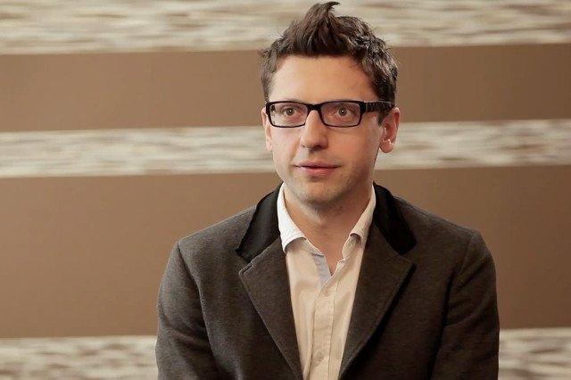 Dariusz Żuk, z zawodu człowiek, który zakłada firmy i jeszcze pomaga im przetrwać.