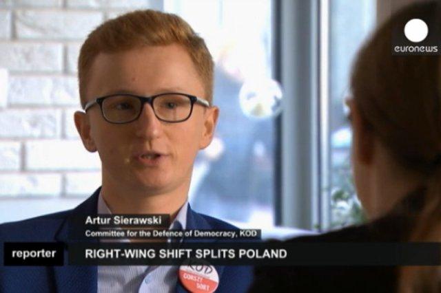 """Opowiedział Euronews o rządach PiS i protestach KOD. Teraz piszą do niego """"Ty unijny pachołku!"""""""