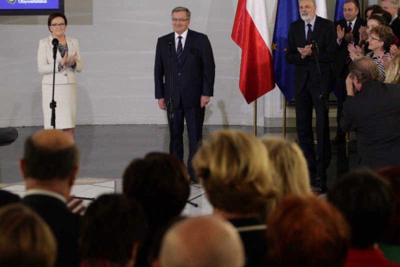 """Platforma Obywatelska zatrudniała w kampanii prezydenckiej 50 internetowych trolli - podaje """"Rzeczpospolita"""", powołując się na anonimowego posła partii."""