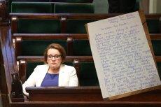 """""""Dlaczego Pani powoduje, że jest nam smutno i nie mamy chęci do nauki?"""". 11-latka napisała list do minister Zalewskiej"""