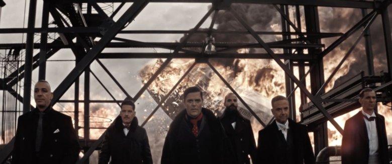 "Rammstein pokazał m. in. katastrofę sterowca ""Hindenburga"""