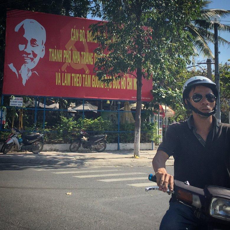Dziadek Ho Hi Minh na ulicy w Nha Trang