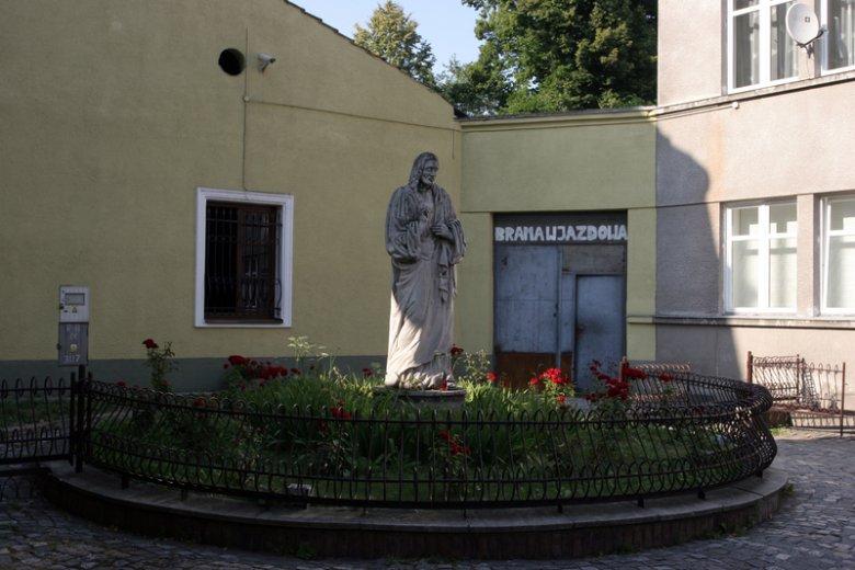 Jezuita zabił się w klasztorze w Nowym Sączu.