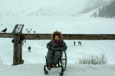 Niepełnosprawny Arek dotarł nad Morskie Oko sam i byłszczęśliwy.