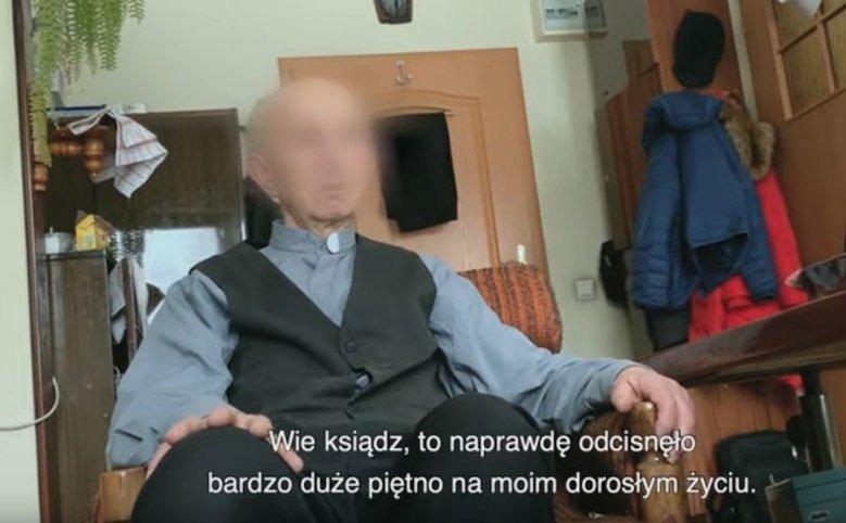 """Prawie połowa Polaków oglądała film braci Sekielskich """"Tylko nie mów nikomu""""."""