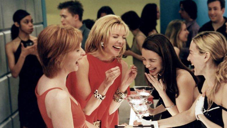 Na smutki najlepszy jest drink z przyjaciółkami, uczy serial.
