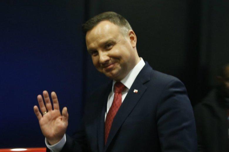 Prezydent Andrzej Duda wspiera maturzystów razem z Pierwszą Damą.