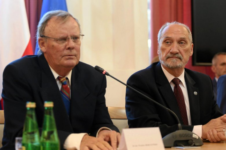 Kariera szefa podkomisji smoleńskiej Wacłąwa Berczyńskiego jest uzależniona od  Antoniego Macierewicza. I odwrotnie.